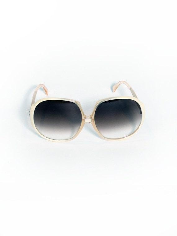1970s Vintage Blonde Sunglasses