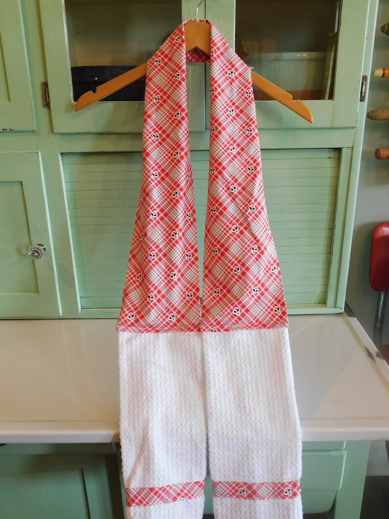 Baker/'s Boa Made With Red and White Plaid And Cherries Fabric