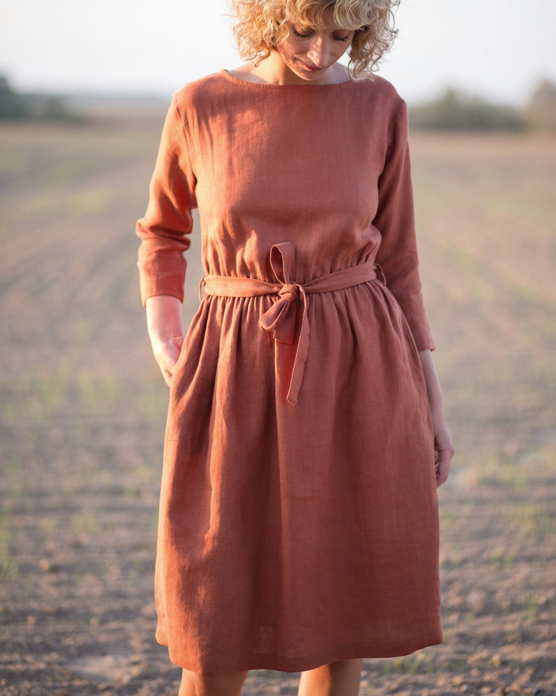 f9fd8e69531 Linen dress in redwood Linen dress with a tie belt OFFON