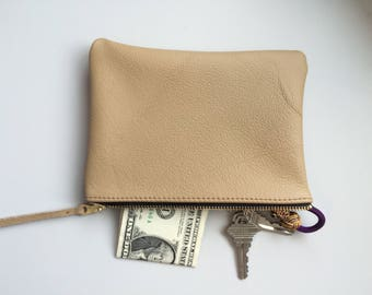 Leather Pouch Zipper Purse Coin Purse Leather Wallet Handmade Handbag Top  Grade Leather Gift for Her. SAYERGOODS 281.94 NOK 11466e28c148c