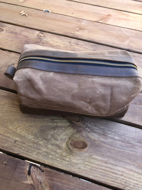 Leather Waxed Canvas Zippered Dopp Kit Ditty Bag Toiletry Bag  744ff0cd3e461