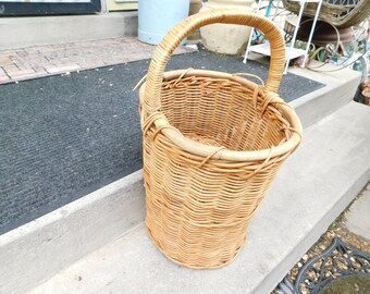 Stairway Basket | Etsy