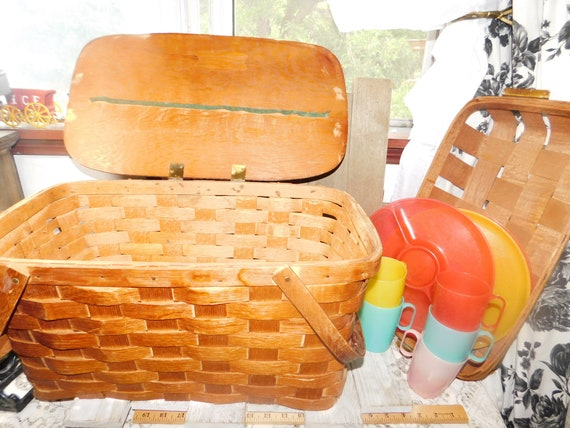 Picnic Basket with Tray, Primitive Woven Picnic Ba