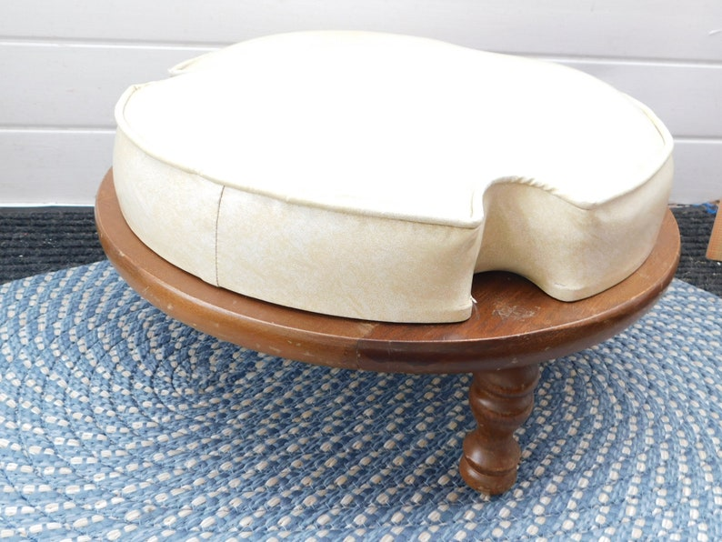 Amazing Ottoman Foot Stool Stool Vintage Round Stool Vintage Home Decor Country Home Decor Farm House Decor Caraccident5 Cool Chair Designs And Ideas Caraccident5Info