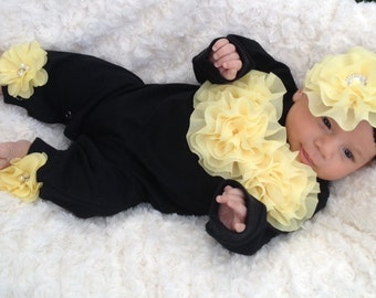 Black Romper Baby Girl Romper Set Infant One Piece Set with Yellow Chiffon Flowers and Headband