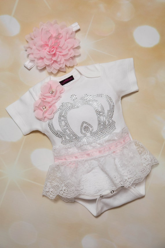White Infant Baby Girl One Piece Set White Short Sleeve Set with Chiffon and Rhinestone Heart