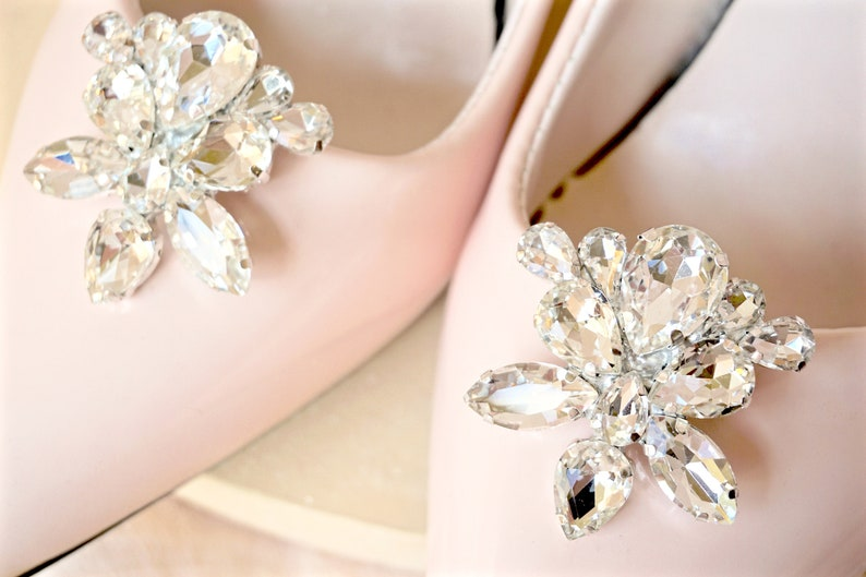 8df6340795885 Rhinestone Shoe Clips,Bridal Shoe Clips,Wedding Shoe Clips,Crystal Shoe  Clips,Shoe Jewelry,Shoe Accessories,Bridal Shoe Jewels,Shoe Clips