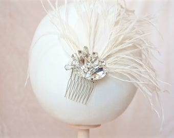 Ivory Feather Fascinator,Ivory Feather Hair Comb,Ivory Bridal Hair Comb,Wedding Feather Hair Comb,Bridal Feather Hair Comb,Ivory Hair Comb