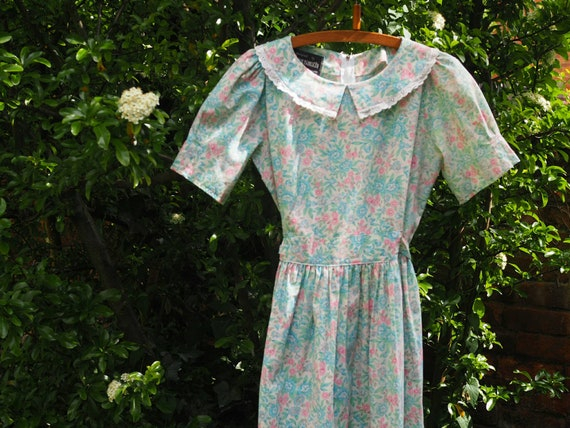 60s Floral Dress - Floral Tea  Dress - Day Dress w