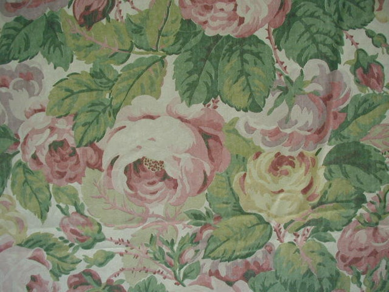Large Pink Roses with Green Foliage,Floral Stripe Shabby Cottage Cottage Chic Vintage Queen Flat Bed Sheet White Cuff Martex Atelier
