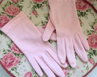 Vintage Pink Nylon Blend Gloves, 1950's Short Ladies Gloves , Size 6 Small