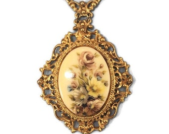 Vintage Goldtone Florenza Flower Bouquet Filigree Necklace Cameo Yellow Roses