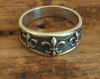 Vintage Sterling Silver Fleur de Lis Ring, Band Ring Size 5.5, Stack Ring
