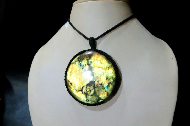 Labradorite Smooth Cab Macrame pendant Full Flashy Amazing Malty Fire Good Quality Handmade Gemstone Uses Jewelry Round Shape size 62x62 MM