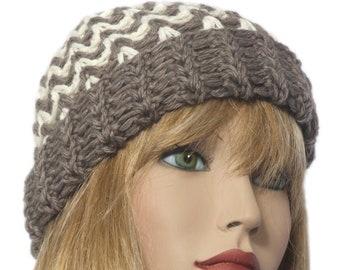 berretto cappello donna in lana uncinetto. Colore marrone e beige c323a53208d2
