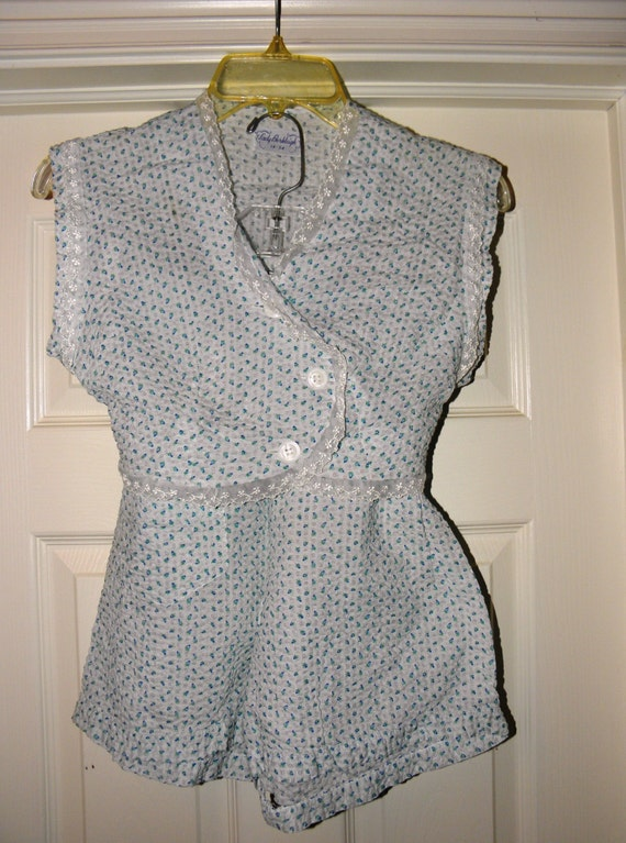 406bdf3678 Vintage Lady Burleigh Seeksucker Baby Doll Shorty Pajama Set