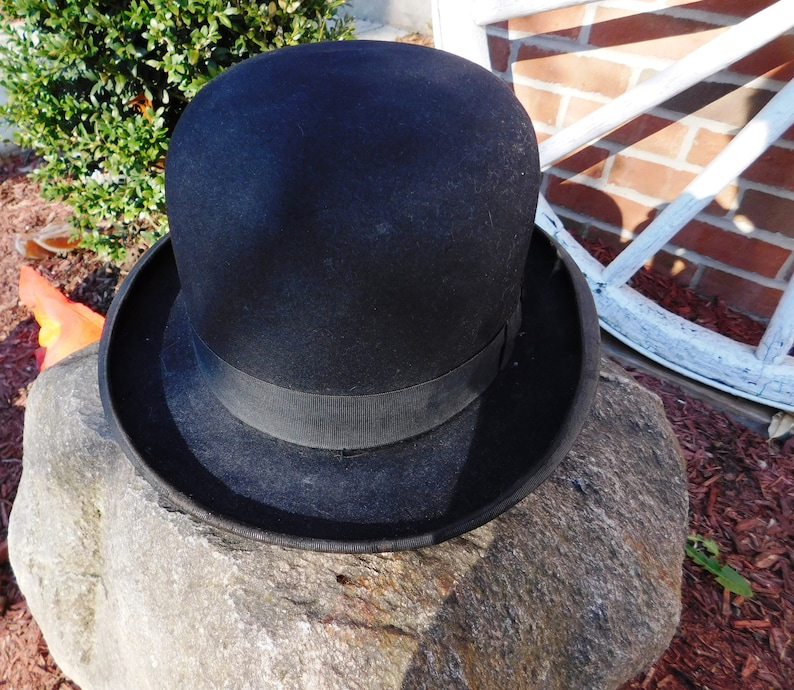 cheap for discount amazon on feet at Vintage John B Stetson Black Homburg Derby Bowler Hat & Box - circa 1930 -  from DustyMillerAntiques