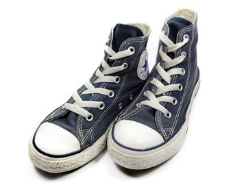 5aefd231a767 Vintage Converse Hi Tops Chuck Taylor All Stars Kids Shoes UK Size 12 EU 30  Navy Blue