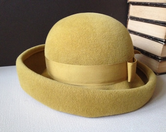 Vtg Italy // Adele Claire New York // Felted Wool Derby Fedora Hat