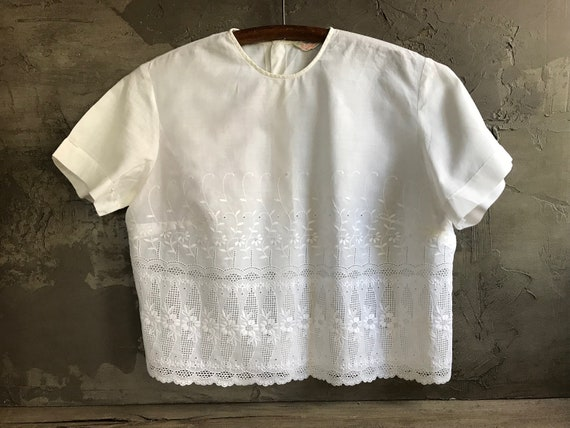 1960s Cotton Blouse, Embroidery, Eyelet Lace, Summ