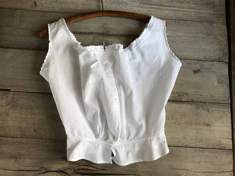 3db90e325df752 French White Cotton Camisole Floral Embroidery Bodice
