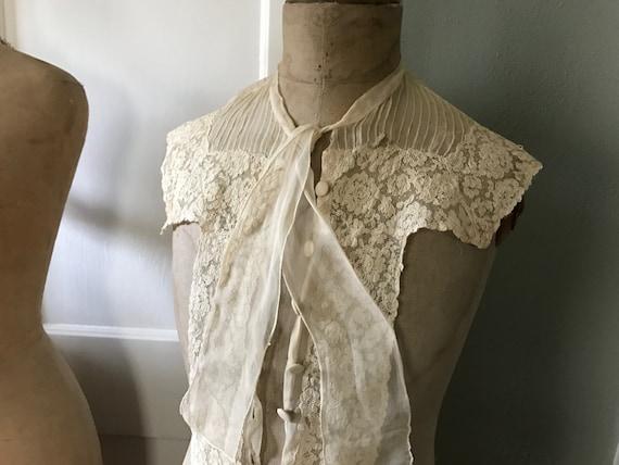 Antique French Floral Lace Blouse Front Panel, Dr… - image 2
