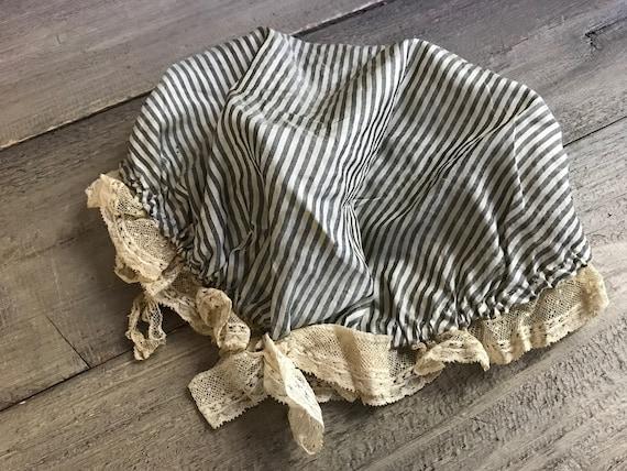 Victorian Silk Lace Mob Cap, Bonnet, Night Cap, La