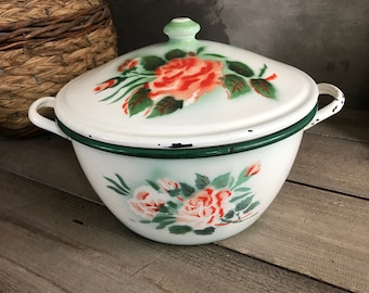 Large Chippy French Enamel Casserole, Coral Painted Roses, French Farmhouse