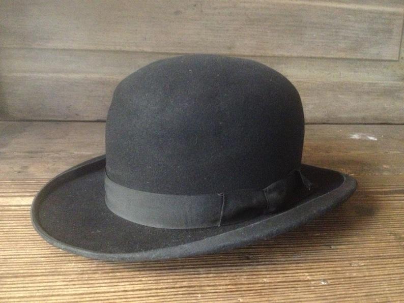 Cappello a bombetta nera Francese Derby sentito piccole donne  6ec3de185e9e