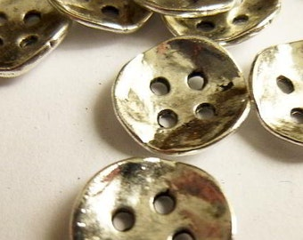 "10 Antiqued Silver Metal Buttons 14mm x 14mm (4/8""x4/8"") - 4 hole Silver Button (21689)"