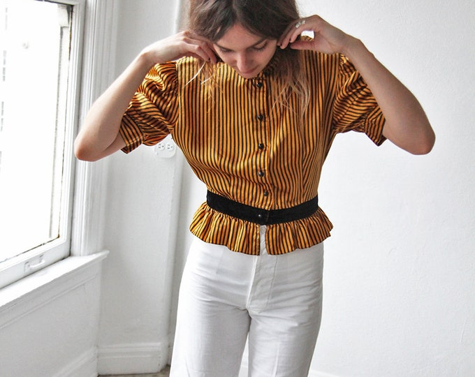 Puff sleeve poet blouse
