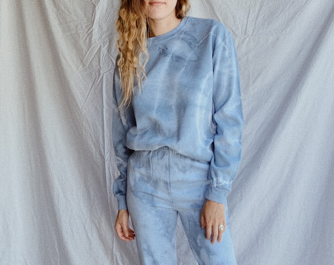 Tie-dye sweatshirt - cloud