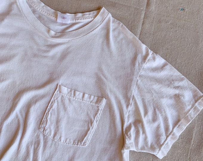 White pocket t