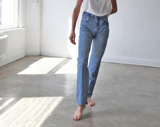 LEVI'S 501 Jeans - size 25