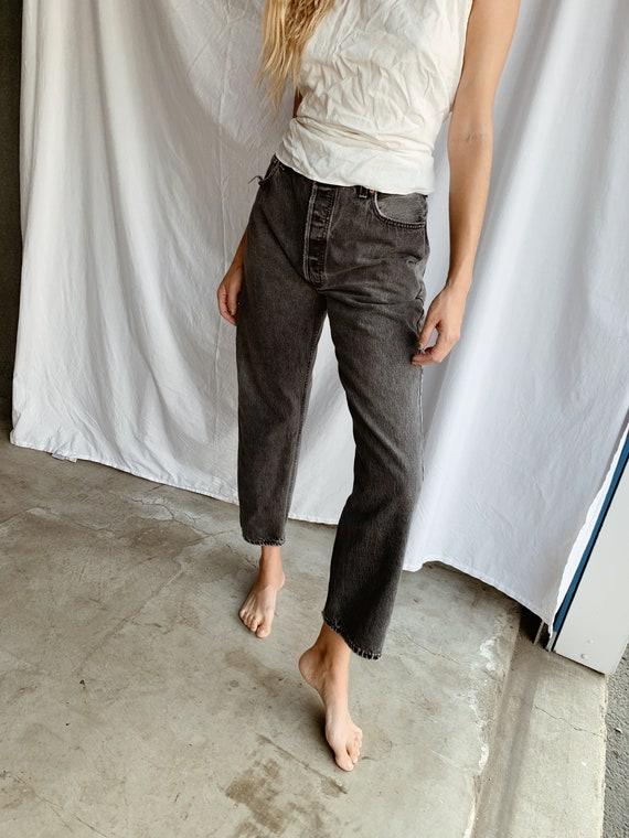 Levi's 501 jeans - size 32