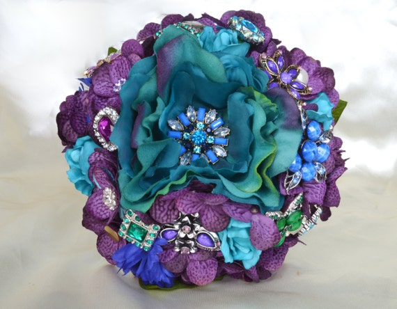 DEPOSIT on a Custom Made Peacock Brooch Toss Bouquet Bridal Toss Bouquet Purple Royal Blue Green Teal Turquoise