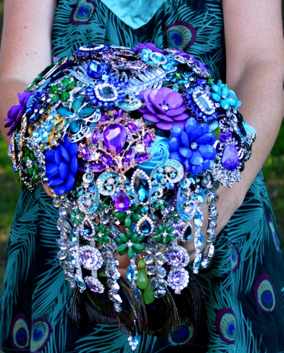 DEPOSIT ON CUSTOM Brooch Bouquet Peacock Wedding Cascade Bridal Broach Bouqet Teal Blue Purple Peacock Feathers