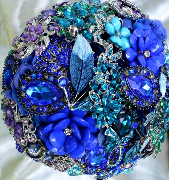 DEPOSIT on CUSTOM MADE Bridal Brooch Bouquet Peacock Wedding Broach Bouqet Teal Green Purple Turquoise Gold Silver Black Pearl royal Blue