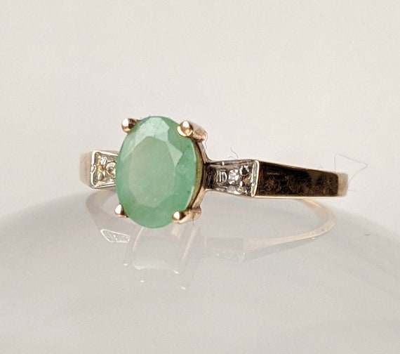 10k Yellow Gold and Emerald Ring, Vintage Gold Rin