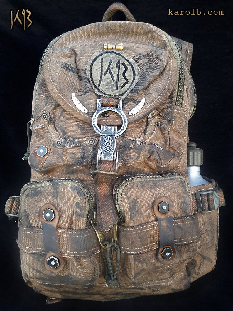 4184001d7535 Atomic Slug Deluxe backpack post-apocalyptic mad max fallout