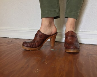 Cognac leather mule wood clog heel 8