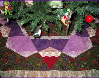 Quilted Christmas Tree Skirt Quilt, Holiday Decor, Winter Flowers, Purple Lace 026