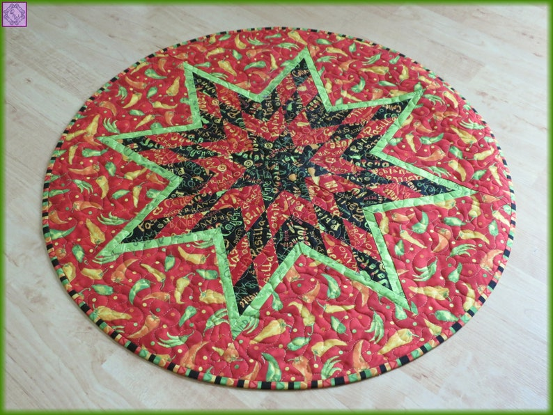Quilted Round Table Toppers.Quilted Round Table Topper Green Red Caliente Peppers 25 Diameter 776