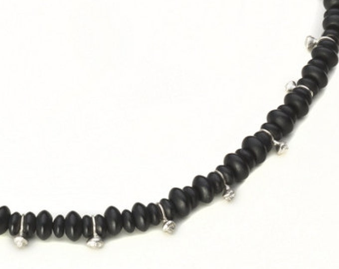 Necklace, 925/000 silver, onyx, black.