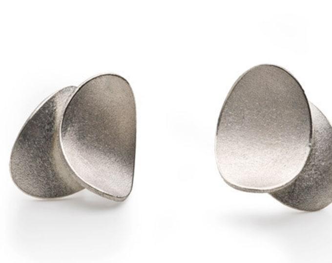Stud earrings, 925/000 silver.