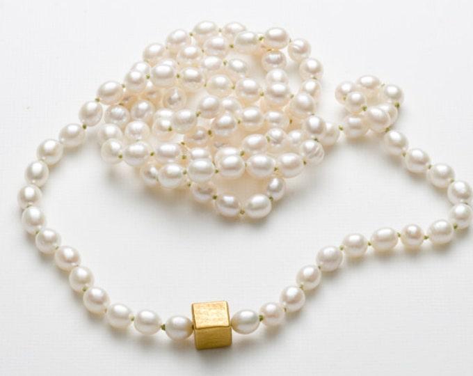 Chain, 925/000 Silver, 18 kt gold plated, freshwater zuchtperlen, white.