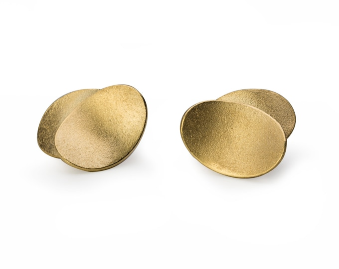Stud earrings, 925/000 silver, 18 kt gold plated.