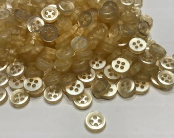 25 soft cream small acrylic Vintage buttons, 8 mm (32)