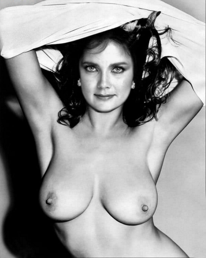 juggs-lynda-carter-hot-breasts-manhandled-for-sale