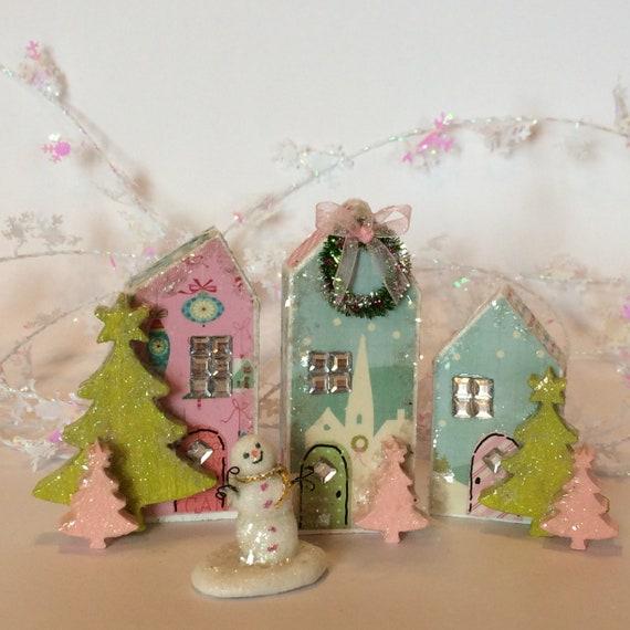 Miniature Christmas Village.Miniature Christmas Village Doll House Christmas Miniature Snowman Glitter Houses Christmas Keepsake Glittery Christmas Christmas Gift